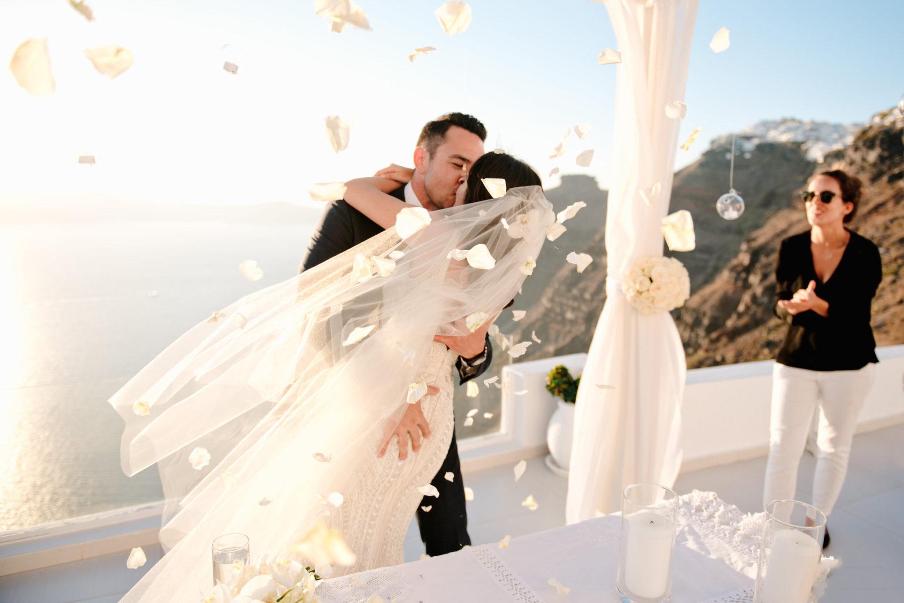Wedding_in_Santorini